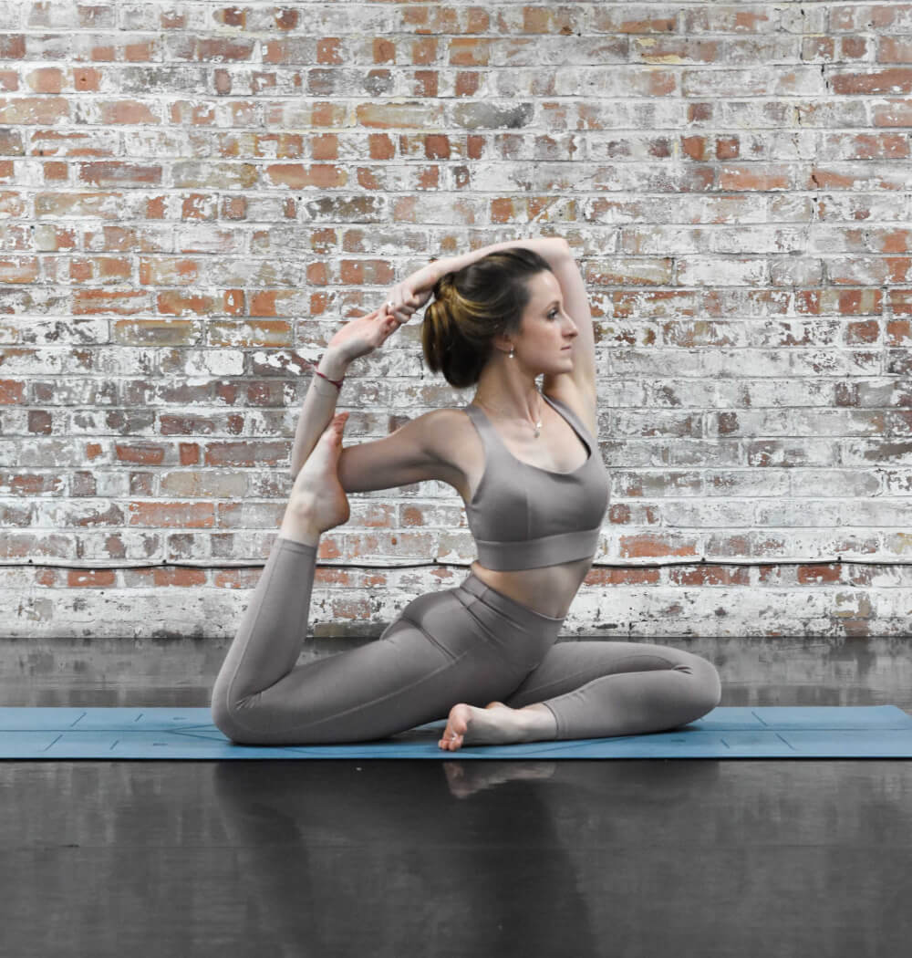 Yoga teacher Abbie Biscoe teaching livestream yoga